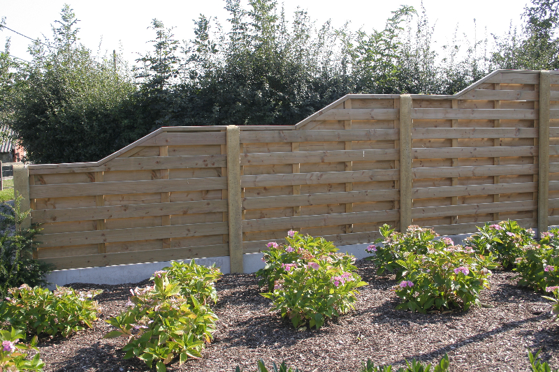 Jurgen den baes houten afsluitingen - Modern tuinbekken ...