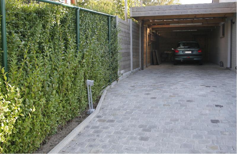 https://www.denbaesjurgen.be/wp-content/gallery/carports/aanbouwcarport-5.jpg