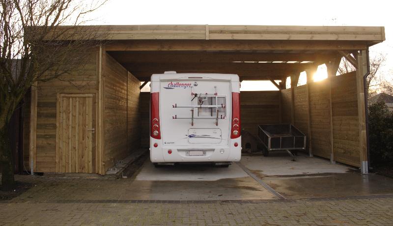 https://www.denbaesjurgen.be/wp-content/gallery/carports/vrijstaande-carport-met-ingebouwde-berging.jpg