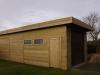 garage met plat dak en sectionale poort